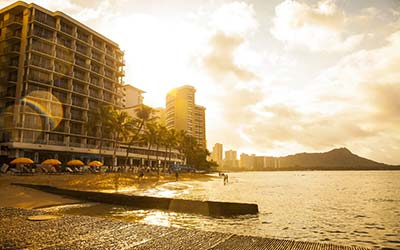 Free night at Outrigger Reef Waikiki Beach Resort