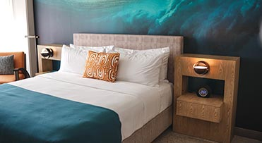 Guest room - Waikiki Beachcomber by Outrigger